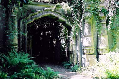 Haunted Highgate Cemetery, London