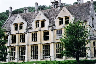 Woodchester-Mansion-Ghosts