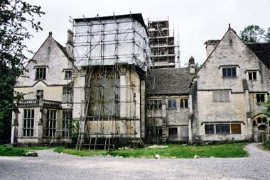 Woodchester-Mansion-Gloucestershire_1