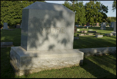 The Moore family murder victims in the Villisca Cemetery in Iowa