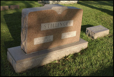 The grave of the Stillinger sisters, Vllisca Axe Murder House victims