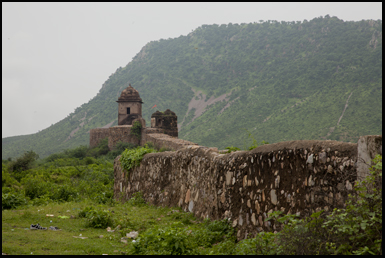 The remains of the fort's walls, the city was abandoned in the 15th century